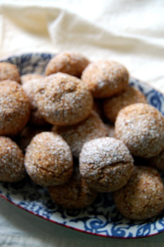 Sweet Treats – Pecan MeringueBiscuits