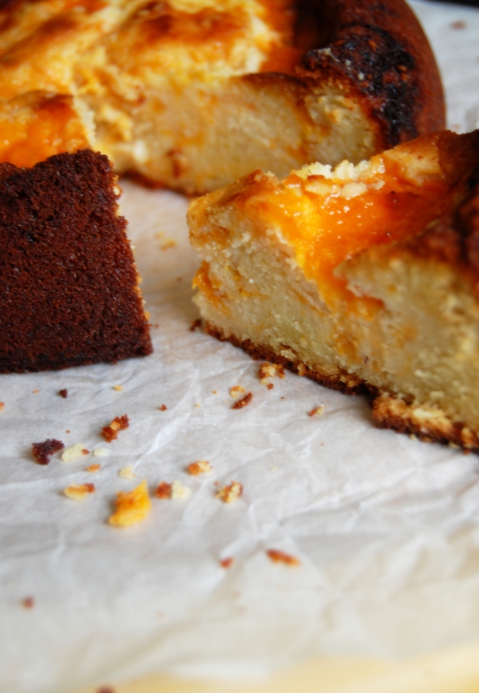 Sweet Treats – Apricot and Almond Cake